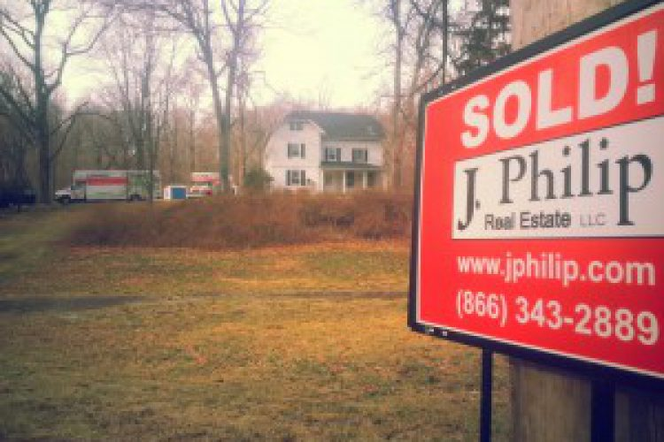 The Spring Market is Here- Home Sellers Should Take Note